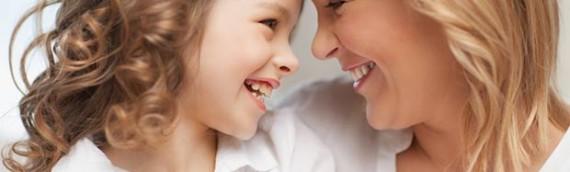 Γιατί οι γονείς δεν πρέπει να φιλούν τα παιδιά τους στο στόμα?